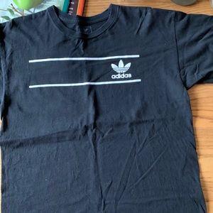 Adidas T-shirt size medium